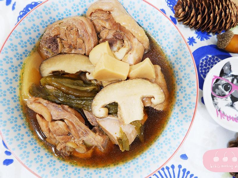 【湯品】懶人電鍋料理-剝皮辣椒雞湯