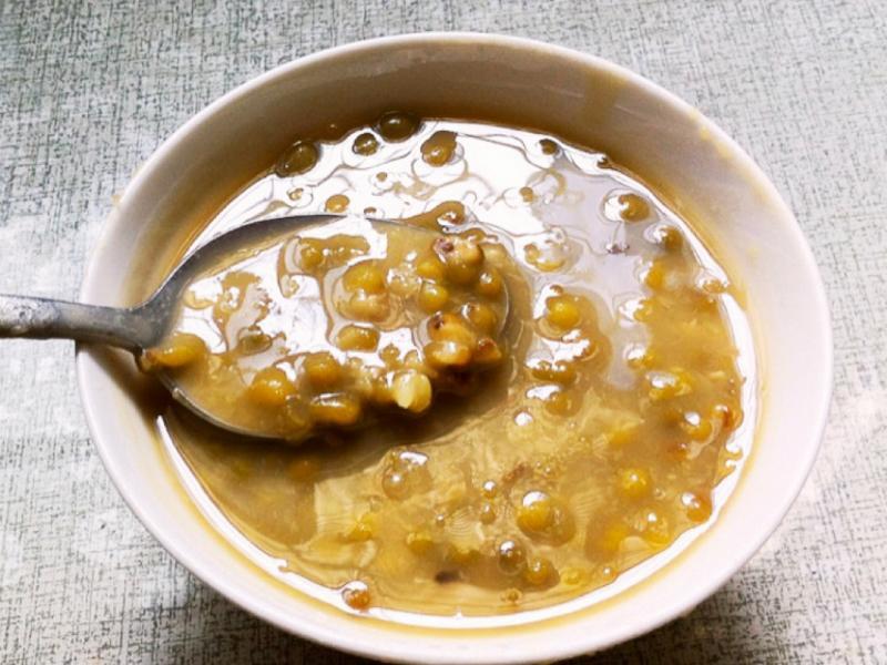 「一小時完成鬆軟綠豆湯」適合新手製作簡易電鍋料理