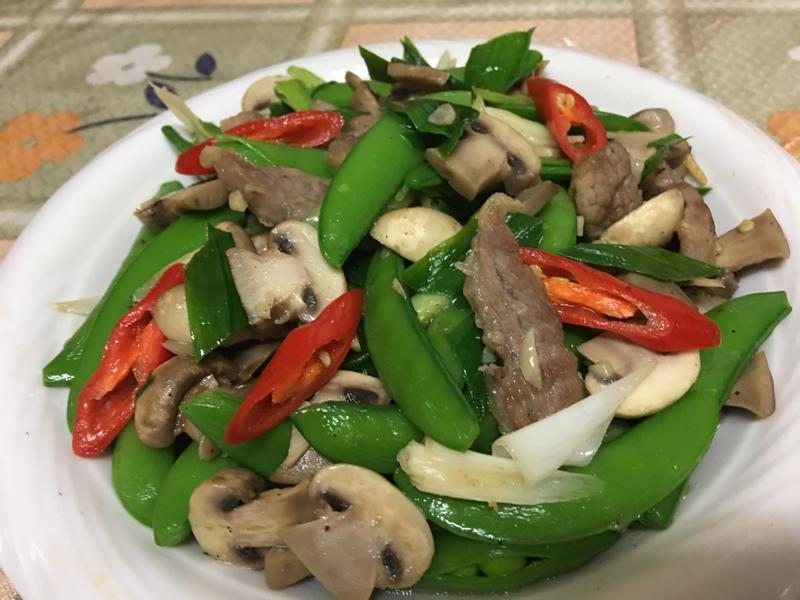 蒜苗洋菇炒甜豆~阿嬤時代的宴客必備菜色