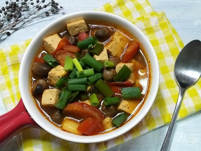 麻辣蕃茄豆腐鍋~五辛素
