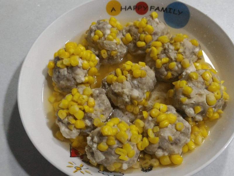 電鍋美食~玉米豆腐雞肉丸