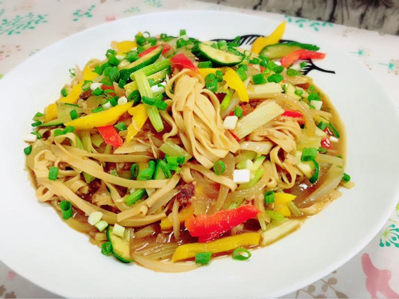 水波爐炒蔬菜麵