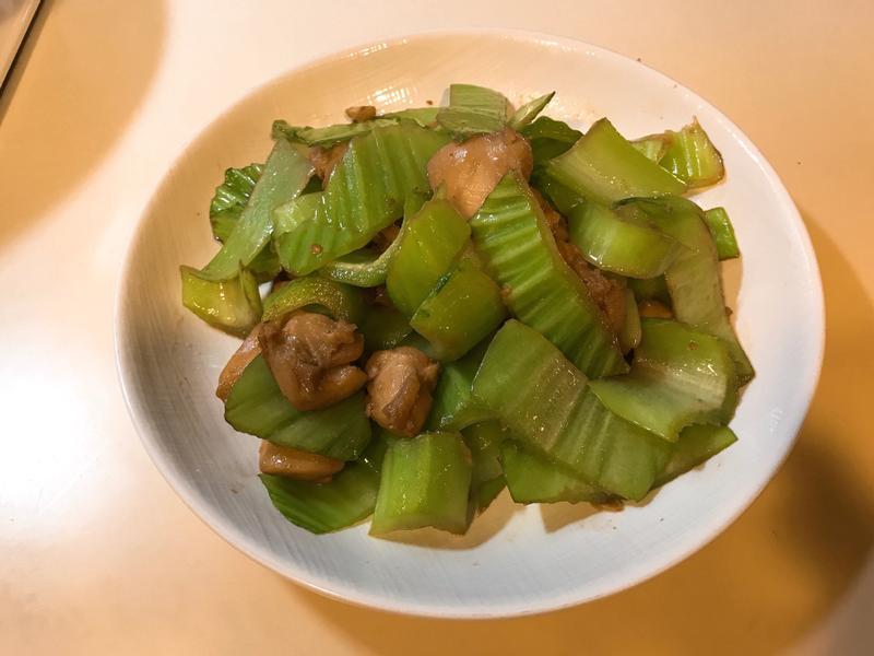 芥菜炒雞腿肉