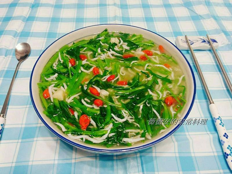 家常菜~小魚空心菜羹
