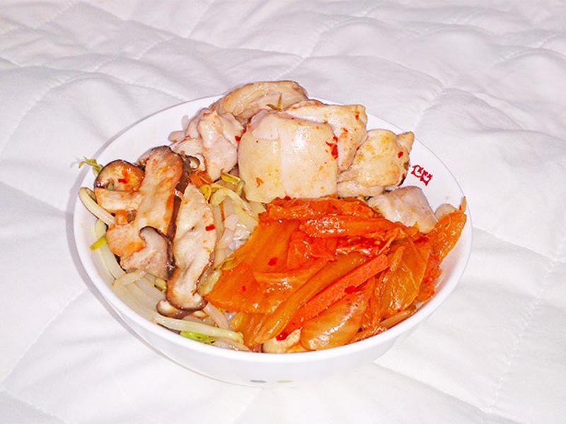 泡菜雞肉炊飯