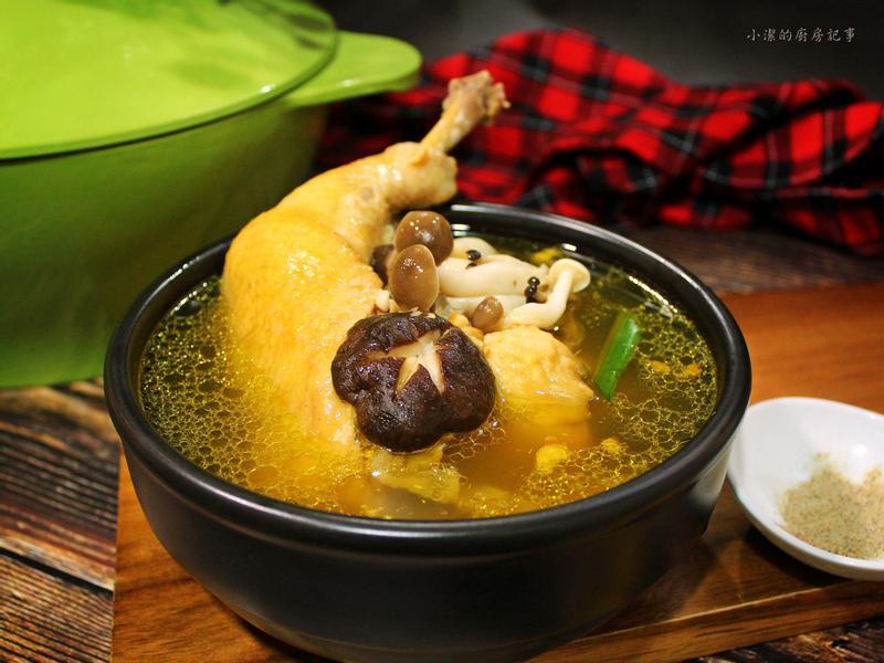 【薩索雞】養生鮮菇雞湯