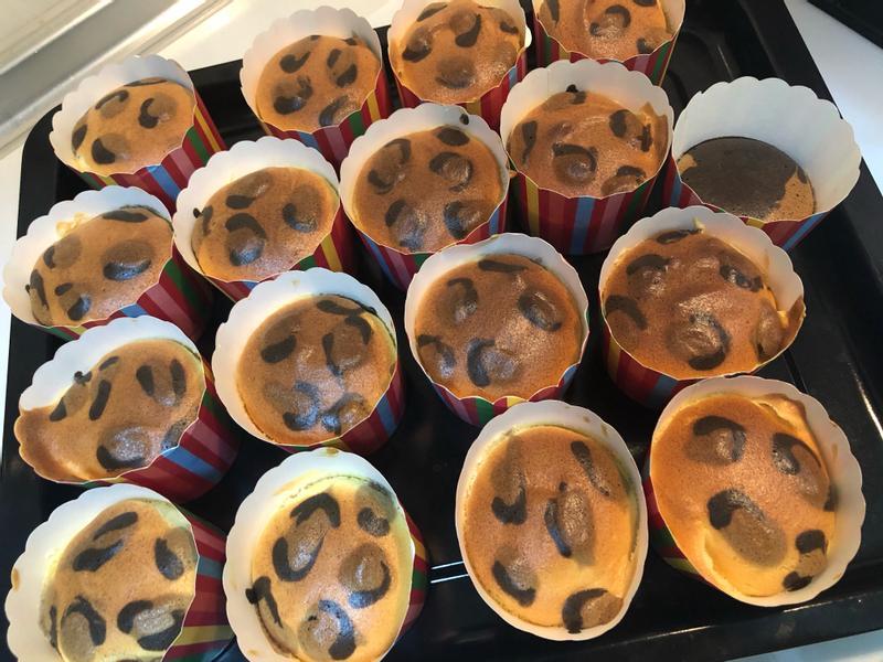豹紋戚風杯子蛋糕