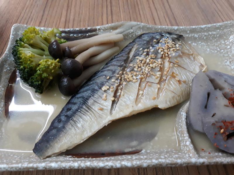 (生酮)味增煮鯖魚