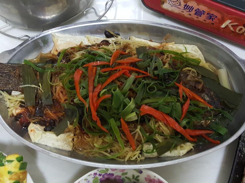 燒魚煨豆腐