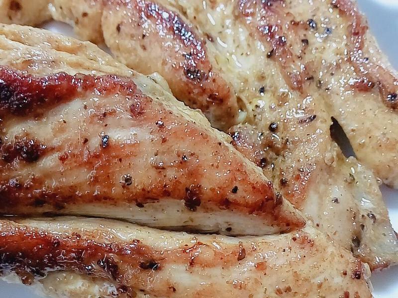 ~嫩煎雞胸肉~