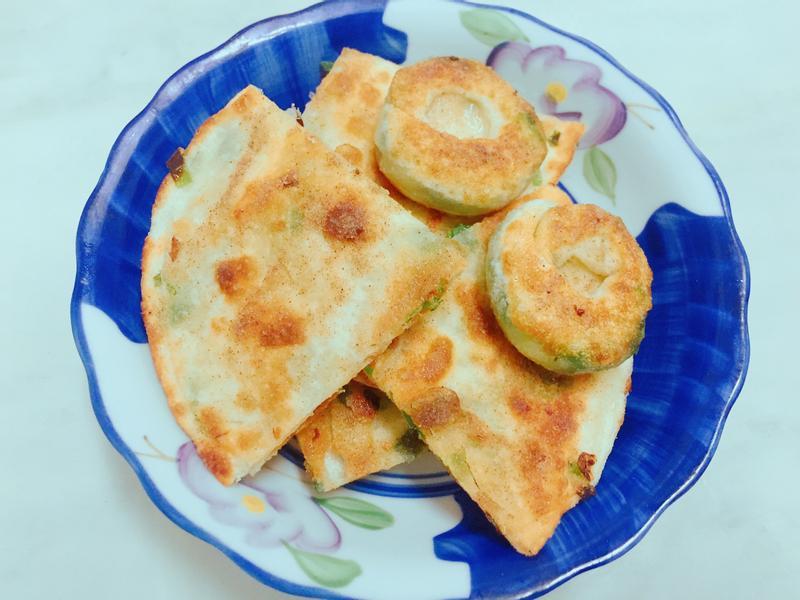 蔥仔圓餅 (小v鬆餅機銅鑼燒烤盤)