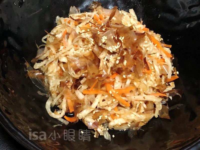 涼拌柴魚紅白蘿蔔絲