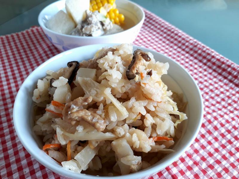 《高麗菜飯》超簡單之電鍋版