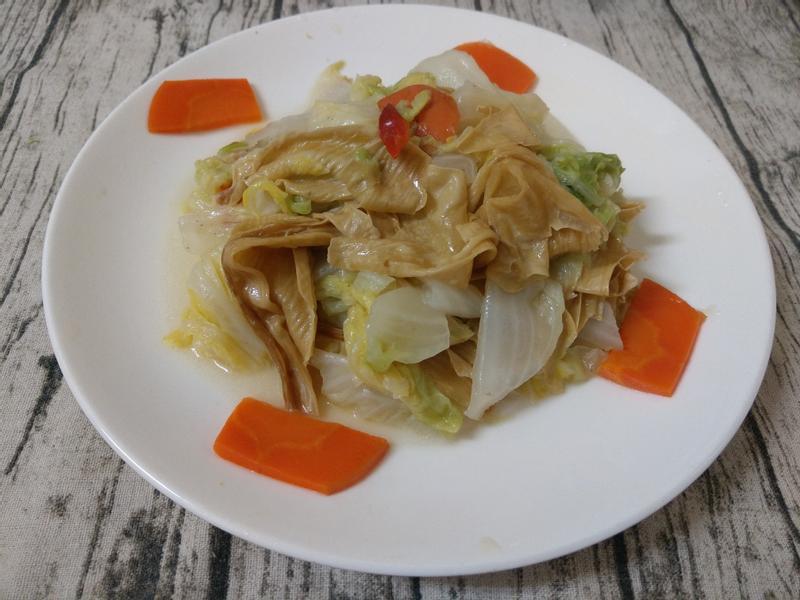 大白菜燒豆皮