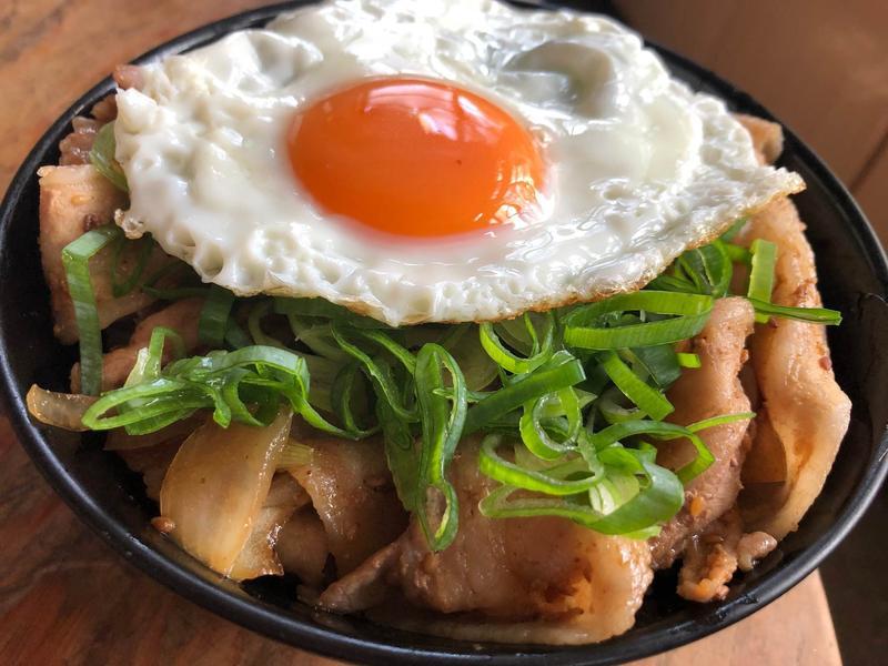 豬五花日本大蔥丼