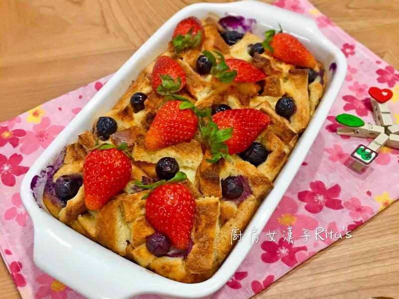 藍莓烤吐司布丁
