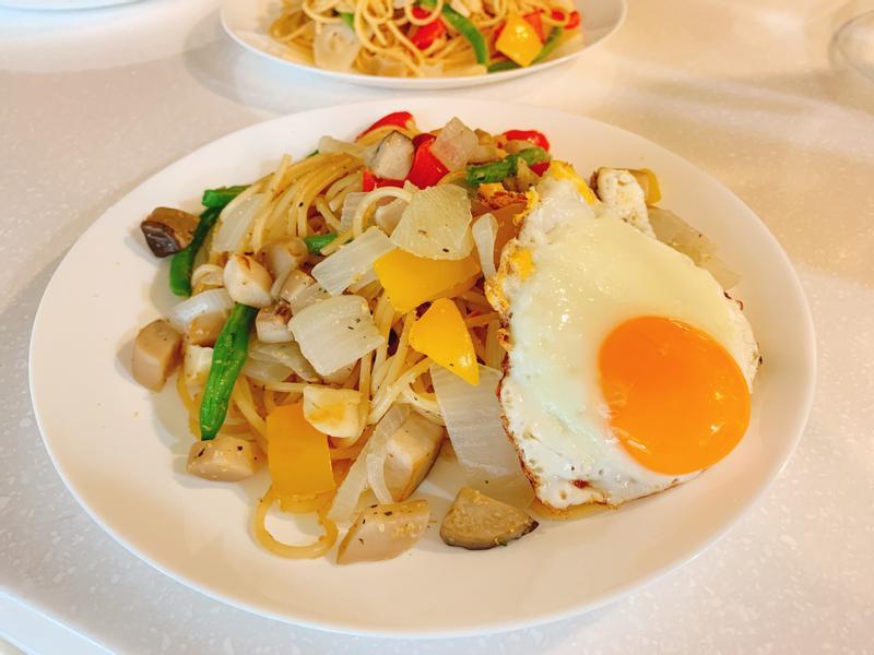 乾炒青蔬義大利麵