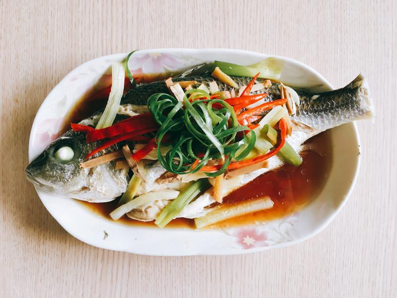 電鍋快速上菜~清蒸鮮魚