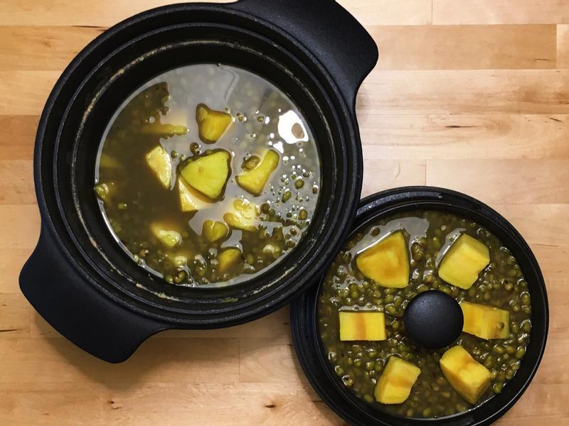 金黃地瓜綠豆仁甜湯