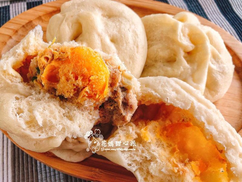 鹹蛋黃肉包(國民美食)