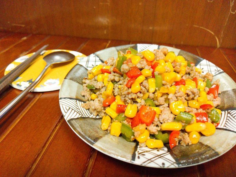 青椒玉米絞肉 #綠巨人玉米
