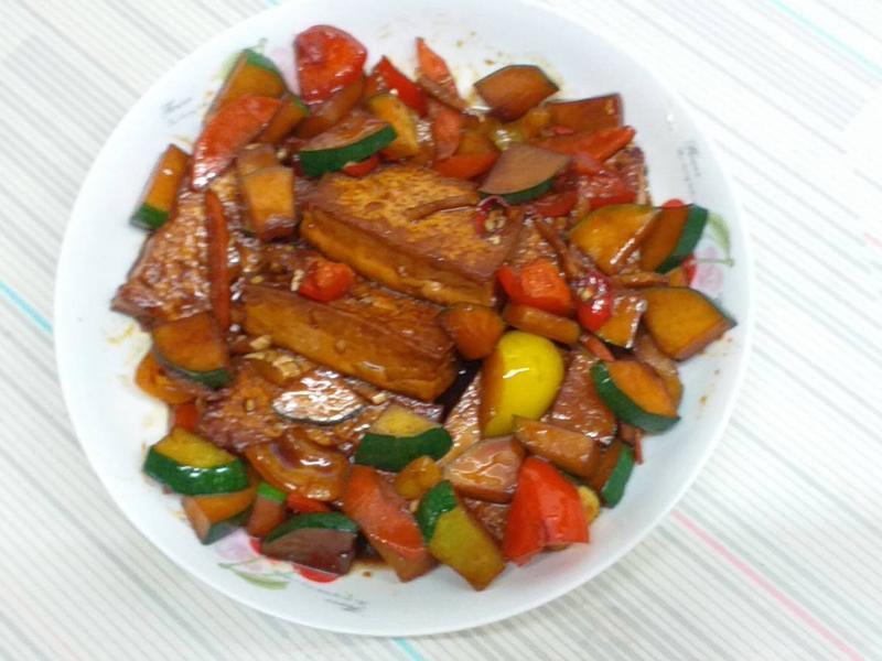 紅燒豆腐燴彩椒*萍姊