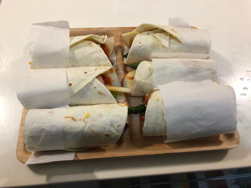 輕食低卡健身-普羅旺斯義式雞肉捲餅