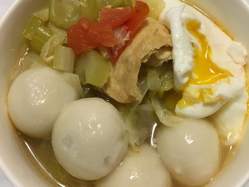 桂冠鮮肉湯圓蔬菜湯