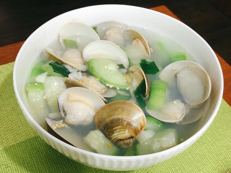 蛤蠣絲瓜湯-簡易版