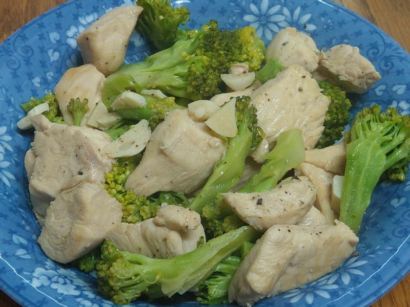 炒雞胸肉花椰菜