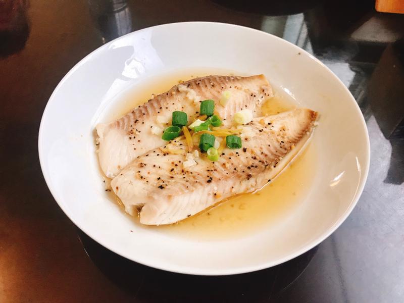 清蒸蒜味黑胡椒鯛魚(減脂料理)