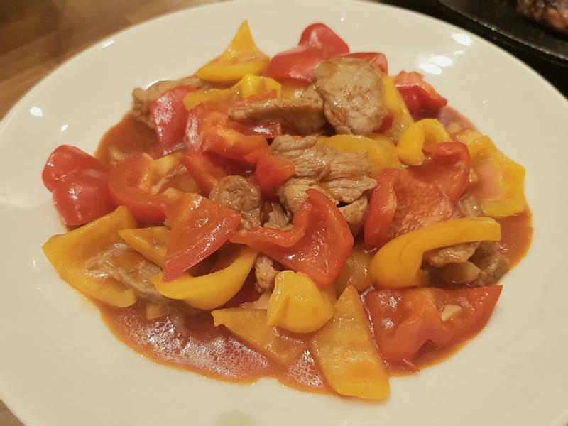 茄汁燴彩椒肉片