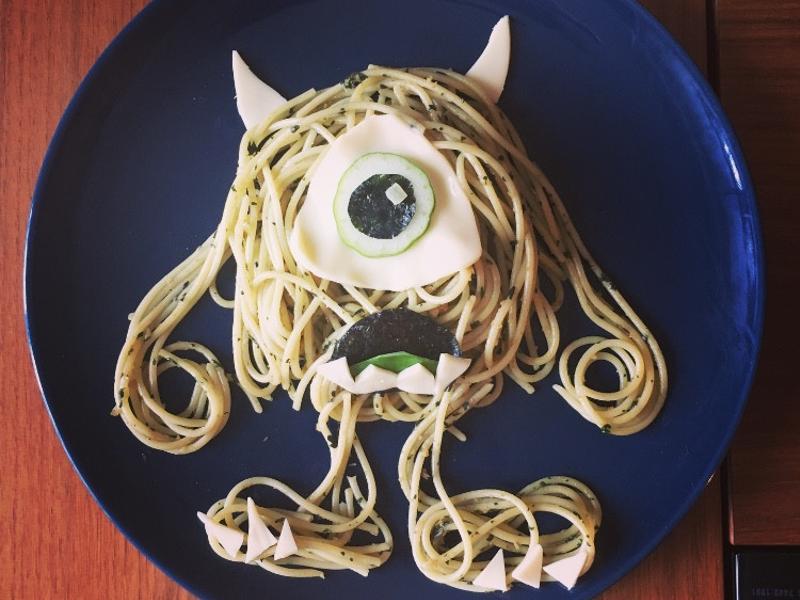 青醬蛤蠣蘑菇義大利麵