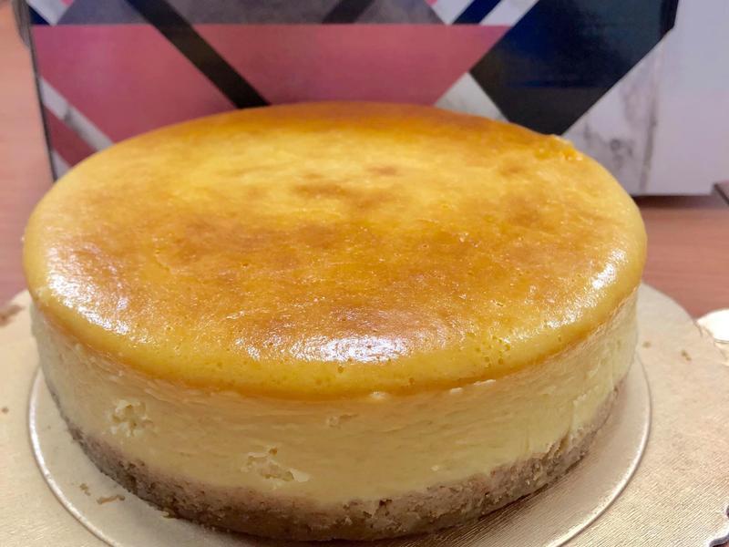 6吋 輕乳酪蛋糕 酸酸甜甜 😋