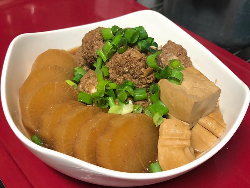 滷白蘿蔔豆腐肉丸子
