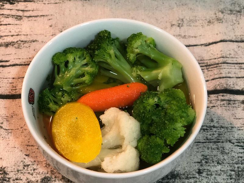 生酮補碳日之柴魚綜合蔬菜湯