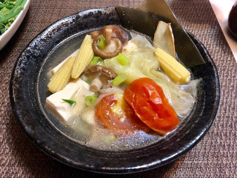 大白菜.番茄鮮菇豆腐湯(火鍋白湯底)