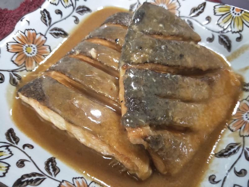 味增鮭魚尾