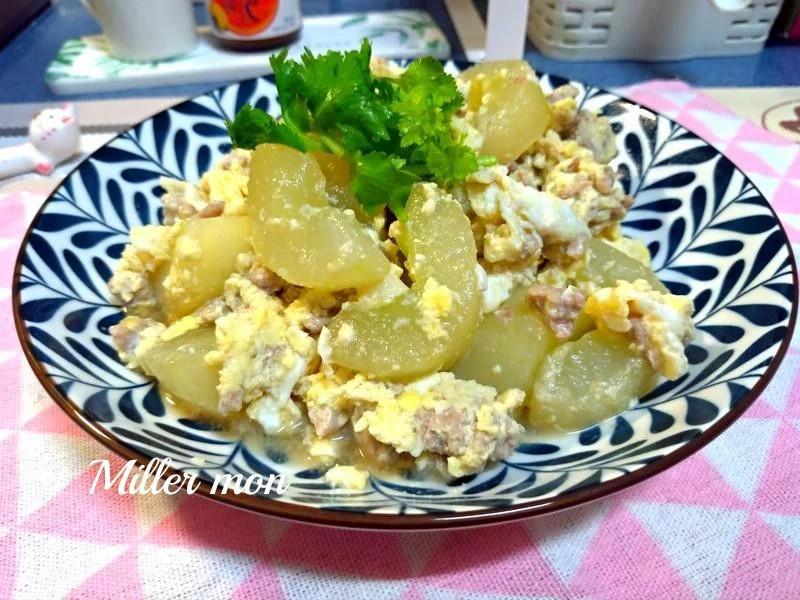 鑲蛋大黃瓜炒碎肉