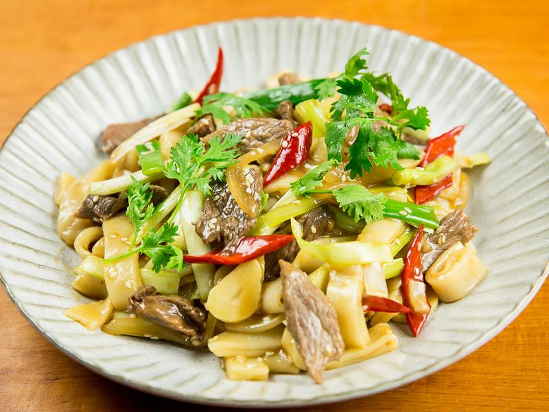 牛肉炒粄條-豆油伯金美滿醬油