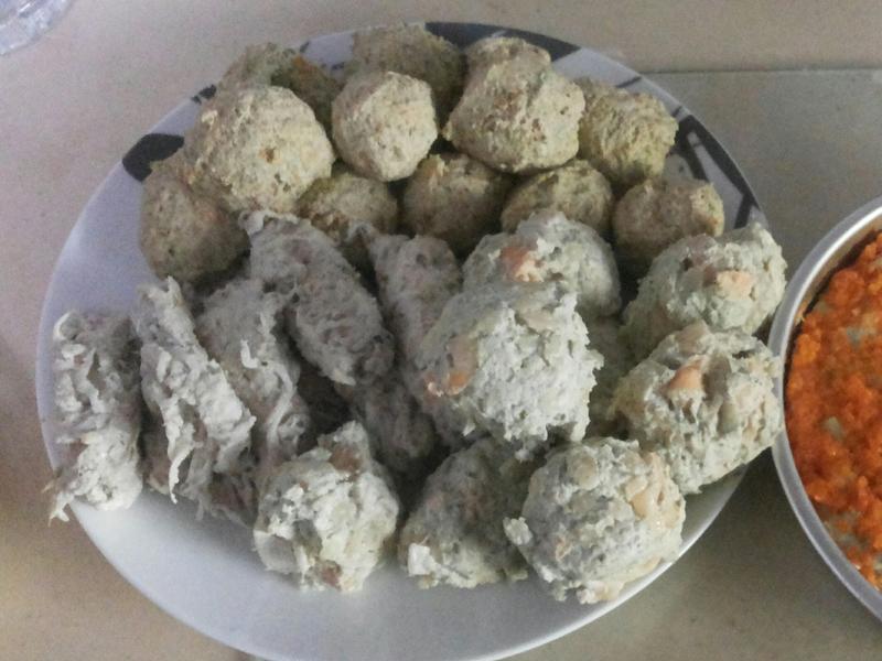 多變化雞肉丸子 (蔬菜、鮭魚、吻仔魚)