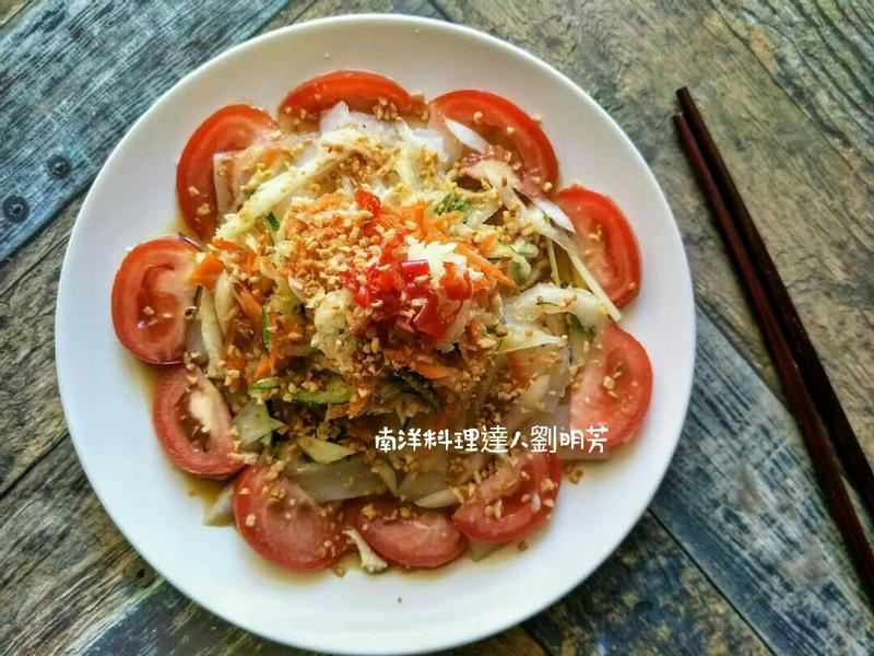 南洋料理達人劉明芳-泰式風味涼拌雞肉粄條