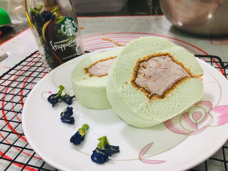 蝶豆花芋泥蛋糕捲