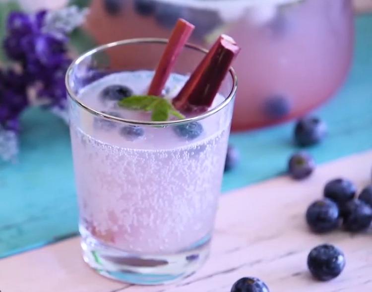 藍莓黃檸氣泡水