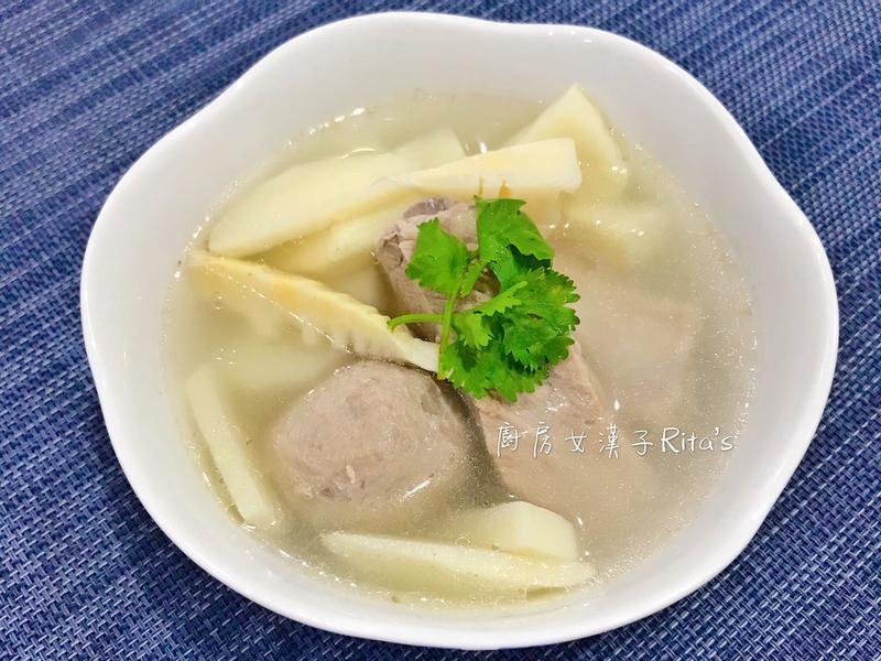筍香排骨貢丸湯