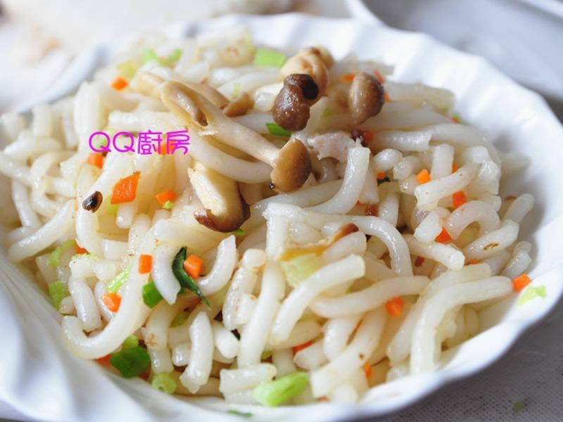 【囍瑞橄欖油料理】肉燥菇菇炒手工米苔目