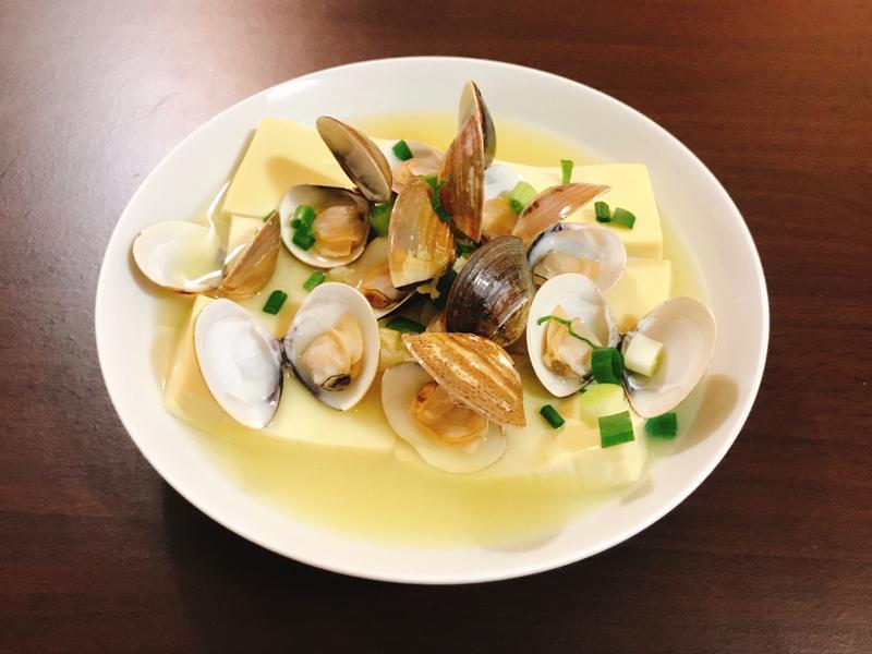 蒜香蛤蜊雞蛋豆腐(電鍋料理)