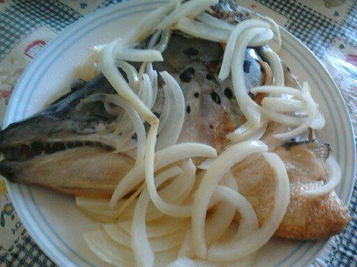 Y芬的小廚房--鹽烤鮭魚頭