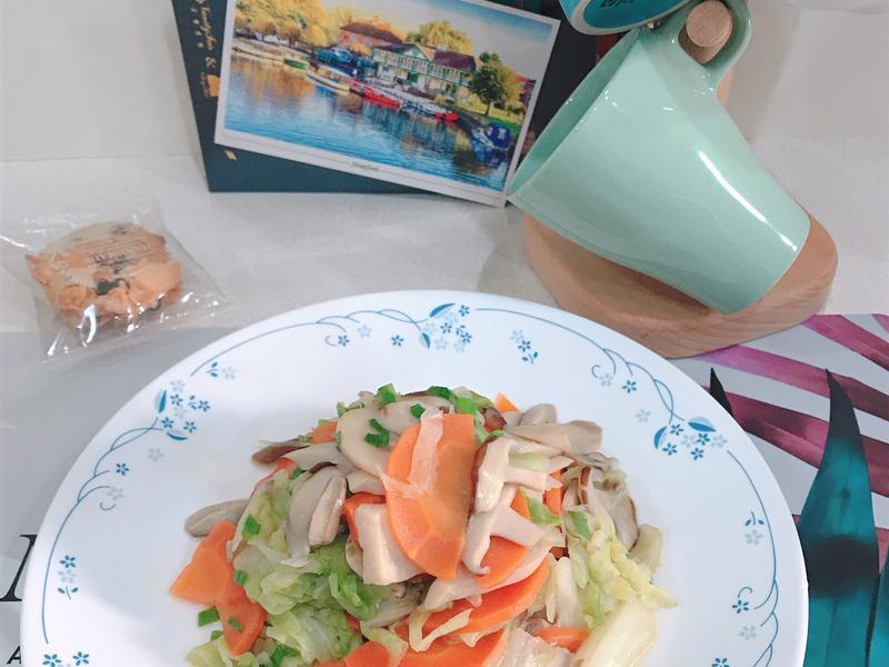 家常菜-高麗菜炒菇多多
