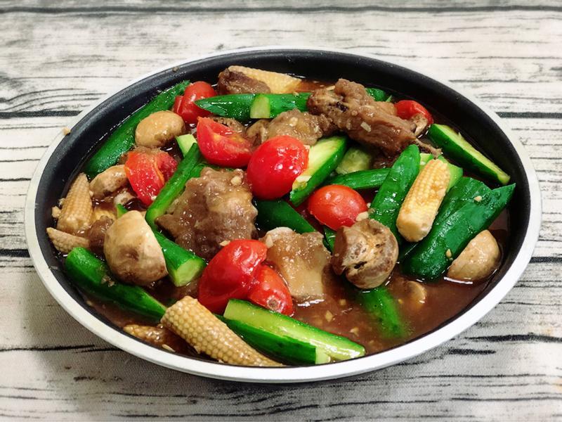 醬燒排骨酥燴野菜(水波爐料理)